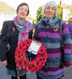 Joy and her mother Pat with the Kibworth Chronicle wreath